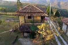 Casinha Amarela - Lavras Novas, Minas Gerais