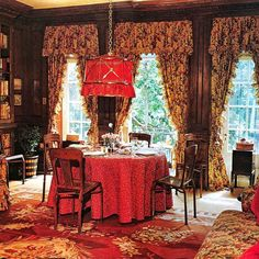 A Renzo Mongiardino Designed Townhouse for Sale - The Glam Pad Dining Room Drapes, Dining Room Blue, Curtains For Grey Walls, Glam House, Sutton Place, Beautiful Dining Rooms, Interior Decorating, Interior Design, Houses