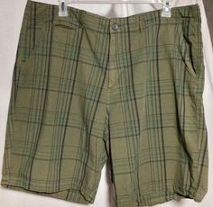 c303c2c405 Mens Shorts Size 44 The Foundry Casual Shorts Green Plaid Flat Front 4  Pocket