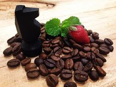 Friday night pics #blackhorsecb #coffee #coffeeshop #coffeetime #coffeeporn…