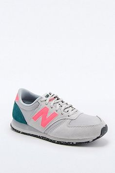 New Balance 420 Runner Grey and Pink Trainers