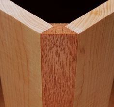 Extra Off Coupon So Cheap Wood Corner Joint If an individual want to learn about woodworking techniques look at Woodworking Joints, Woodworking Techniques, Woodworking Furniture, Woodworking Projects, Furniture Plans, Kids Furniture, Woodworking Organization, Woodworking Patterns, Wood Turning Lathe