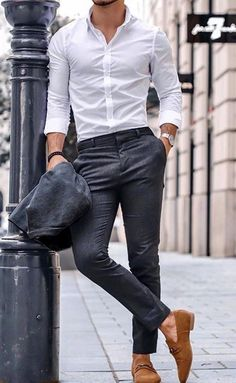 the white dress shirt is a men's style staple. This article features 8 essential types of shirts for men — 60 modern ways to wear each shirt style — how they should fit, and where you can buy them. Stylish Mens Outfits, Casual Summer Outfits, Stylish Man, Mens Fashion Suits, Fashion Pants, Men's Fashion, Hipster Fashion Guys, Men's Formal Fashion, Men In Suits