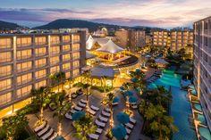 Hotel Grand Mercure Phuket Patong, Patong Beach, Thailand - Booking.com