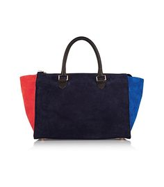 There's no doubt that the Clare Vivier Tote Bag is going to be n amazing addition to your closet because its chic, classy and elegant plus there's no harm Navy Blue Purse, Navy Blue Handbags, Big Handbags, Suede Handbags, Suede Tote Bag, Clare Vivier, Blue Bags, Leather