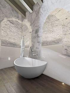 Carta da parati in bagno: 5 motivi per installarla (senza ...