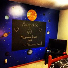 Solar System bedroom theme using black chalkboard paint and wall clings. The stars glow in the dark (purchased from Joann Fabrics). My son was truly surprised and loved it! Science Bedroom, Outer Space Bedroom, Galaxy Bedroom, Black Chalkboard Paint, Wall Clings, Romantic Bedroom Decor, Bedroom Themes, Bedroom Ideas, Space Theme