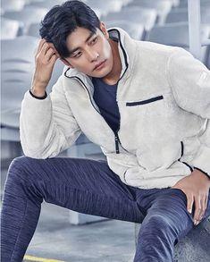 Sung Hoon My Secret Romance, Choi Jin Hyuk, Funny Sexy, Kdrama Actors, Sports Brands, Korean Actors, Celebrity Crush, I Movie, Asian Beauty