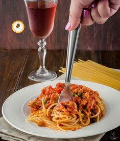 Seafood, Spaghetti, Ethnic Recipes, Dolce, Italian Recipes, Gastronomia, Sea Food, Noodle, Seafood Dishes