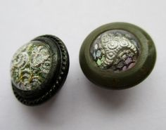 2 SMALL ANTIQUE VINTAGE METAL & DESIGN UNDER GLASS BUTTONS noelhumphrey on eBay.co.uk