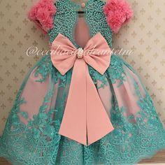 Different types of frocks designs - Simple Craft Ideas Frock Design, Little Girl Dresses, Girls Dresses, Flower Girl Dresses, Outfits Niños, Kids Outfits, Toddler Dress, Baby Dress, Little Girl Fashion