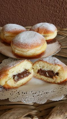 Germany might have the longest celebration period, starting in November and going through to the end of winter. A popular dish in Germany during this season is krapfen, a tasty jam filled doughnut. Donut Recipes, Dessert Recipes, Cooking Recipes, Donuts, Italian Desserts, Italian Recipes, Bread And Pastries, Food Gifts, Cake Cookies
