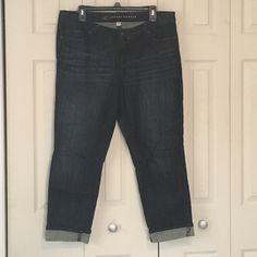 """LC Lauren Conrad crop jeans dark wash Size 14 LC Lauren Conrad crop jeans (28"""" inseam). Dark wash. Size 14. Great condition! LC Lauren Conrad Jeans Ankle & Cropped"""