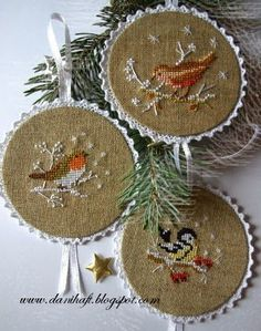 20 New Ideas for embroidery hoop finishing cross stitch Christmas Ornaments To Make, Christmas Cross, Christmas Decorations, Bird Ornaments, Cross Stitch Samplers, Cross Stitching, Cross Stitch Embroidery, Just Cross Stitch, Cross Stitch Finishing