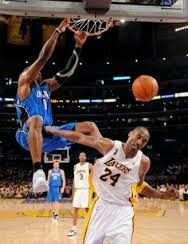 Slam Dunk Nike Lebron Kobe Bryant Funny Sports Pictures Sports Pics