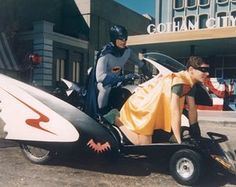 Adam West and Burt Ward Autographed Batman TV Series Batcycle Photo Adam West Batman, Batman Y Robin, Batman 1966, Batman And Superman, Batman Show, Batman Tv Series, Batgirl, Catwoman, Supergirl