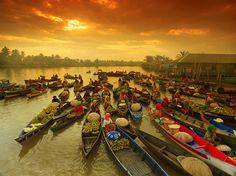 floating market at Banjarmasin by indonesia.deviantart.com on @deviantART