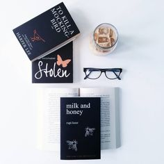 "Gefällt 668 Mal, 22 Kommentare - r e a d & s e e k (@read_and_seek) auf Instagram: ""I started #bookstagram in 2015 shortly after I started blogging. Like most of us in the community,…"""