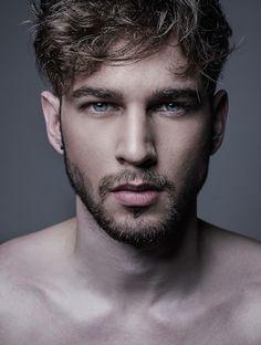 """Erkek  modellerimizden  """"Pierre"""" şehirdedir. Diğer resimleri için linki tıklayabilirsiniz. http://bit.ly/2mlhTZP #erkekmodel #model #ajans #casting #castajans #manken #cast"""