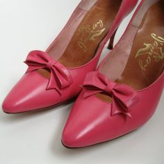 Vintage 1960s Wedding Shoes Shocking Pink $82.00 #vintage #shoes #pink #wedding @Etsy