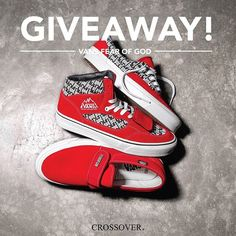 Vans recently reunited with @fearofgod for one of the hottest colabs of the year. The entire collection sold out in seconds but thanks to the crew at CROSSOVER we'll be gifting one lucky follower all three pairs! To go in the draw to win: 1. Follow @sneakerfreakermag AND @crossoverconceptstore 2. Like this post. 3. Tag three friends and comment with your US shoe size and shipping country. Entries close December 10 and the winner will be contacted by DM. Good luck! via SNEAKER FREAKER…