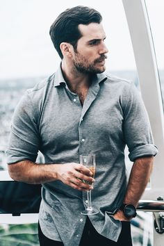 Henry Cavill Champagne Toast with Omaze Winner at the London Eye, England