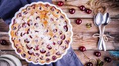 C'est le dessert aux fruits facile par excellence. Le gros avantage c'est que vous pouvez le décliner avec la plupart des fruits ! laissez-vous inspirer par ce que vous avez : pommes, poires, rhubarbe, cerise, ananas, prunes, pêches, abricots, mûres, framboises...