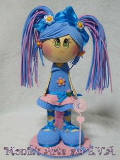 love the pink and blue intermixed, on this fun foam doll Peg Doll, Clay Dolls, Doll Toys, Diy Crafts For Gifts, Foam Crafts, Arts And Crafts, Craft Foam, Box Surprise, Homemade Dolls