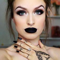 Fresca Chic: Trend da estação -  batom preto