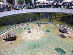 """""""Sunken Garden,"""" circular sculpture 60 feet in diameter by artist Isamu Noguchi, at One Chase Manhattan Plaza in New York City. - Zi Lin - HOME Urban Landscape, Landscape Design, Water Architecture, Sunken Garden, Isamu Noguchi, Architectural Elements, Water Features, New York City, Manhattan"""