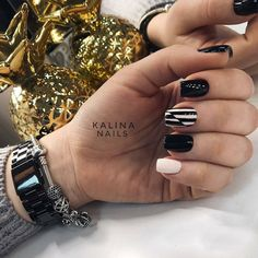 Dark nails also is the most part of you.We prepared 50 Most Sexy Dark Nails Design You Should Try in Fall and Winter Dark Nail Designs, Creative Nail Designs, Pretty Nail Designs, Creative Nails, Minimalist Nails, Punk Nails, Grunge Nails, Healthy Nails, Nagel Gel
