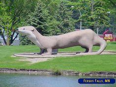 Worlds largest Otter, Fergus Falls, MN