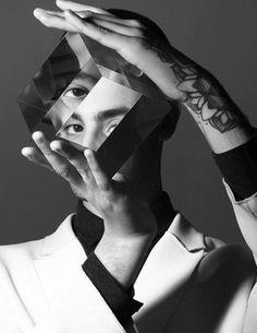 Yanis : la métamorphose du petit prince de la pop