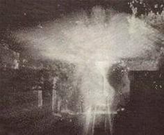 An actual photo (not photoshopped) of an angel apparition. We're so used to seeing photos of ghosts or malevolent beings, that I think this shot is pretty heart warming and awesome; reminding us that the angels are still among us
