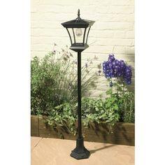 Solar lamp post garden light