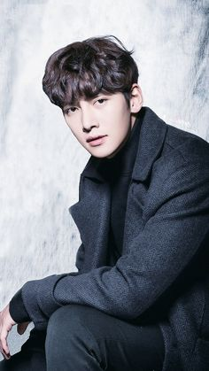 ❤❤ 지 창 욱 Ji Chang Wook ♡♡ that handsome and sexy look . Cute Korean, Korean Men, Korean Actors, Ji Chang Wook Smile, Ji Chan Wook, Drama Korea, Korean Drama, Shawn Mendes Gif, Charming Eyes