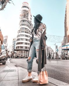 Travelex Insurance Claim versus Travel Agency Europe her Travelocity All Inclusive before Must See Places In Europe In September. Madrid Girl, Foto Madrid, Buckingham Palace, Madrid Travel, Europe Photos, Poses For Pictures, Spain Travel, Photo Poses, Happy Sunday