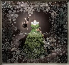 https://flic.kr/p/BhW4ri | Visual Merchandising Arts - Holiday Windows 2015