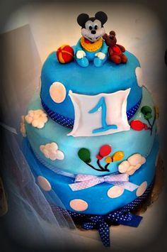 mickeymouse cake !