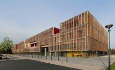 Façade sud et est du Centre d'innovation de l'UTC (Photo Ameller & Dubois)