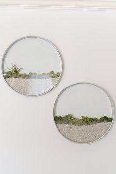 Dieser 22 Zoll ist Runde Durchmesser hängende Wand Pflanzer speziell für…