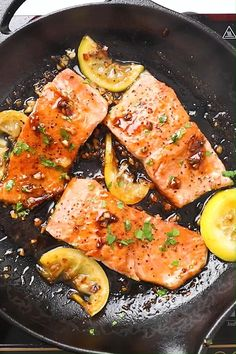 Easy salmon with honey garlic sauce is one of the best salmon recipes. Takes 15 mins to make salmon dinner! Baked Salmon Recipes, Fish Recipes, Seafood Recipes, Chicken Recipes, Salmon Stovetop Recipes, Salmon Belly Recipes, Salmon With Skin Recipes, Salmon Recepies, Recipies