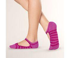 Ballet Grip Sock $14 Pilates Socks, Yoga Socks, Running Socks, Grip Socks, Athletic Socks, Workout Wear, Fitness Fashion, Fitspo, Heeled Mules