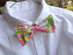 Mens Lilly Pulitzer Bow Tie in Jungle Road