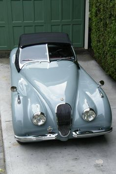 1951 Jaguar XK-120 Maintenance of old vehicles: the material for new cogs/casters/gears could be cast polyamide which I (Cast polyamide) can produce