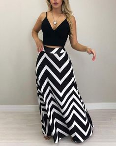 Wave Striped High Waist Casual Skirt Source by ideas women Classy Outfits, Casual Outfits, Cute Outfits, Black Women Fashion, Womens Fashion, Fashion Trends, Fashion 2017, Fashion Styles, Fashion Ideas