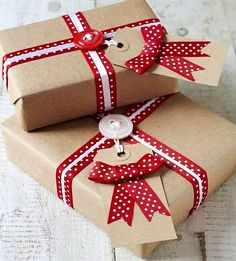 #Christmas gift wrapping ideas ⓦⓡⓐⓟ ⓘⓣ ⓤⓟ