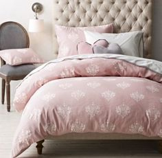 Chandelier Damask Bedding Collection