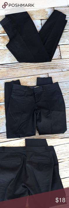 """Banana Republic Martin Fit black ankle dress pants Banana Republic Martin Fit black ankle dress pants size 4. Pants are in great condition except for some wear at one knee as shown. Almost as if someone fell while wearing. flat- 28"""" inseam 8.5"""" rise 16"""" waist  🍥Bundle deals available (I carry various sizes and brands in my closet): 2 items 10% off, 3 items 15% off, 4 items or more 20% off.  🍥No trades, modeling, or lowball offers. 🍥All reasonable offers accepted only through """"offer""""…"""