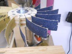 Így Flap Sanders Az Easy Way / Réaliser des roues csiszolóanyagok à lamelles facilement